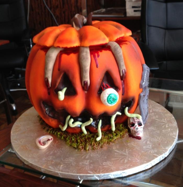 Gateau horreur en forme de citrouille pour halloween - 24 ...
