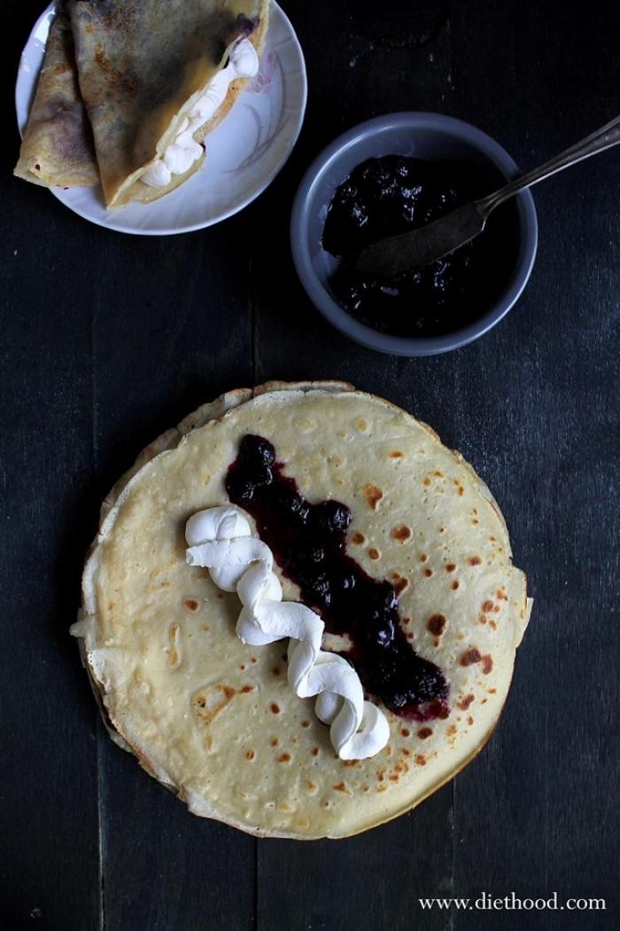 crêpe sucré - Recette Crêpe Chantilly sauce aux bleuets au miel