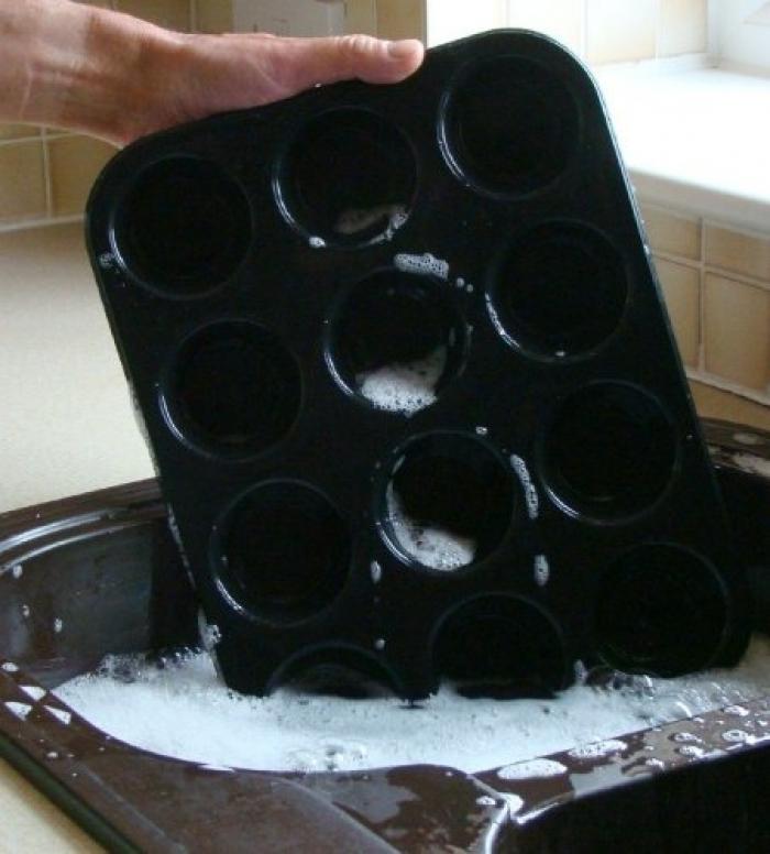 Appareil à Cupcake - Moule pour 12 Muffins/Cupcakes SiliconeCuisine