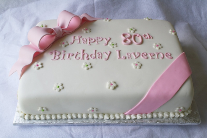 Dual Layer Rectangular Cake Icing For Old Women