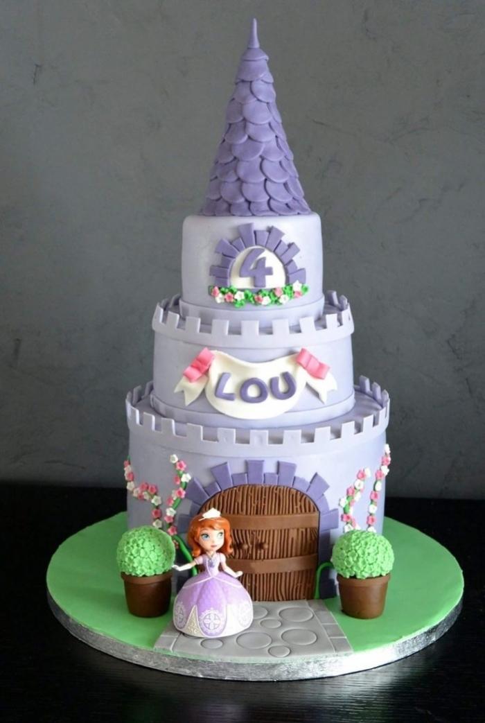 g teau d 39 anniversaire du ch teau de princesse sofia violet. Black Bedroom Furniture Sets. Home Design Ideas