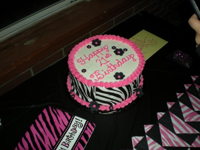 Gateau zebre noir et rose
