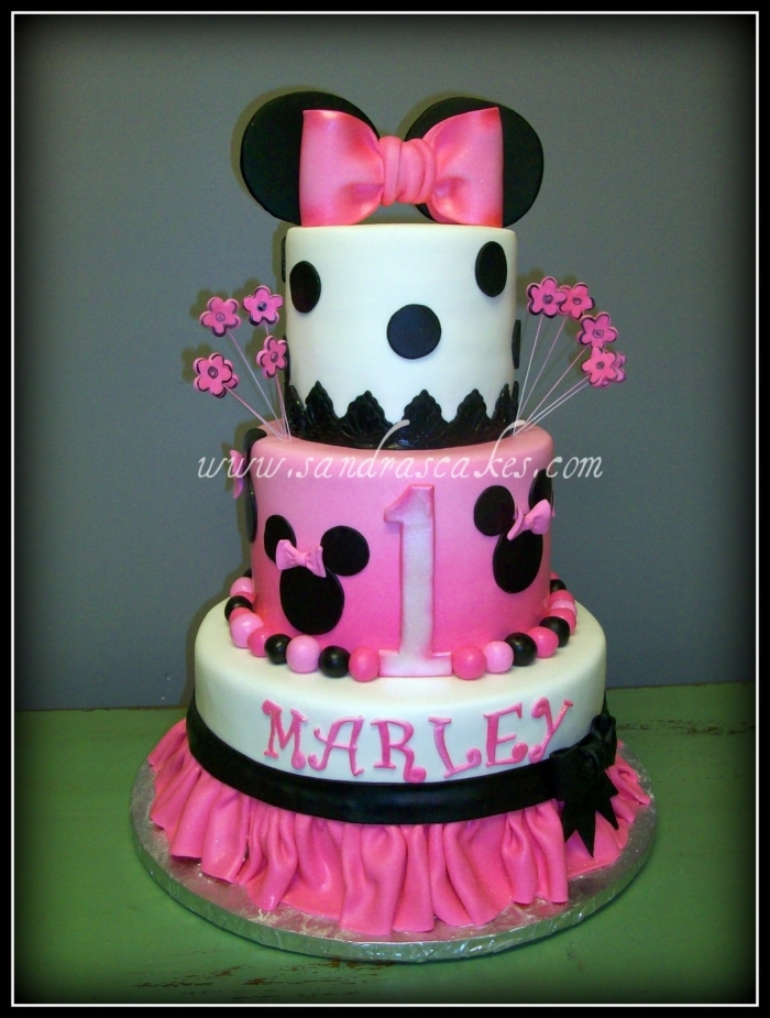 Gateau etage minnie