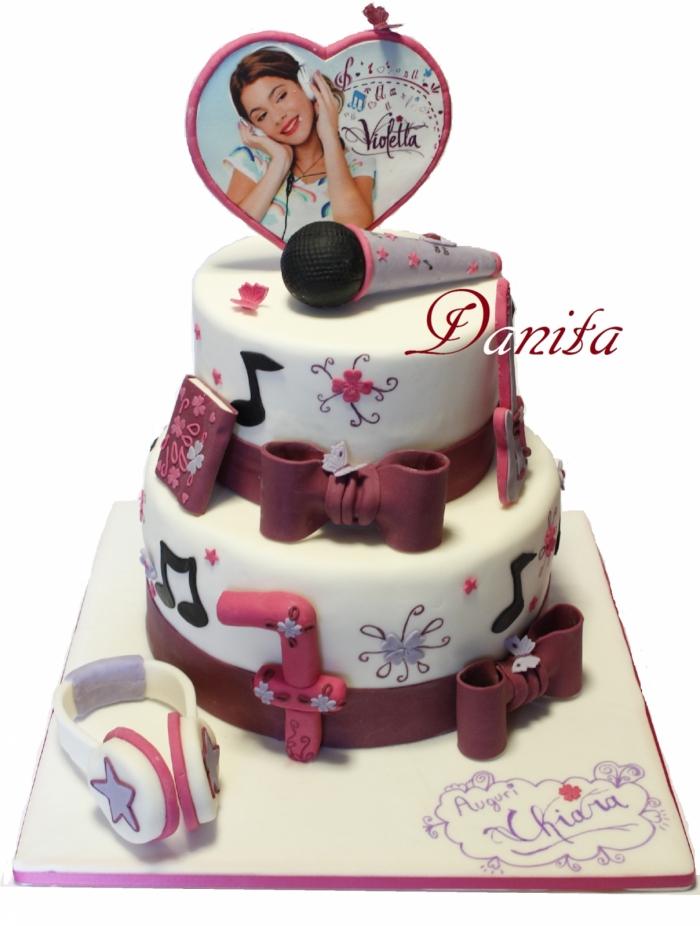 Cake Design Di Violetta : Violetta Gateau pour jeune chanteuse - 28/12/2017