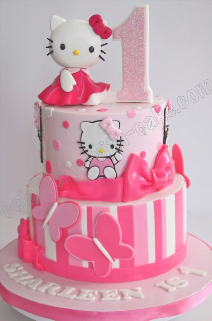 gateau d 39 anniversaire pour bebe de 1an hello kitty 21 05. Black Bedroom Furniture Sets. Home Design Ideas