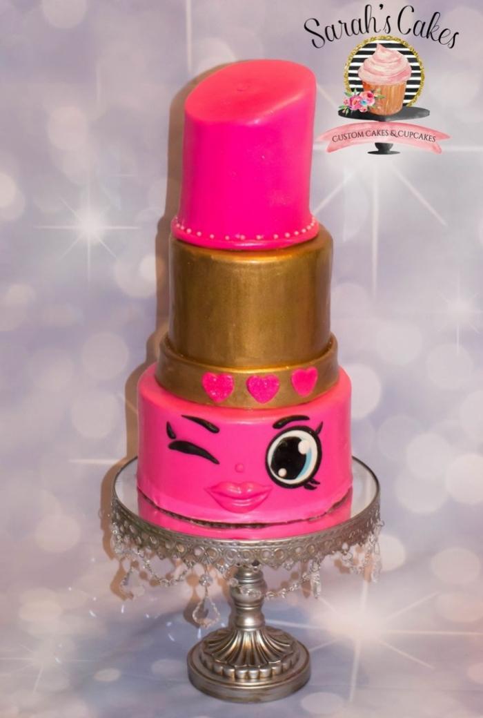 Assez chic idée de gâteau en forme de rouge à lèvre - 24/12/2017 CH89