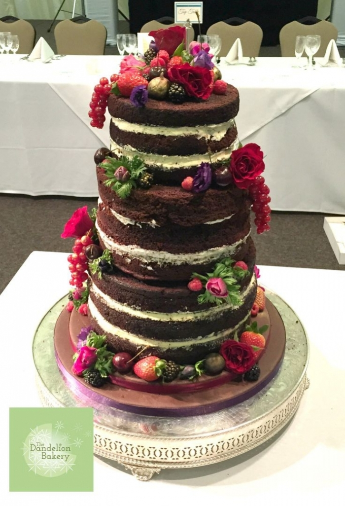 Wedding Cake Cerise