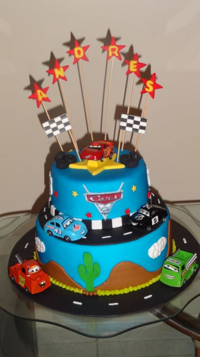 super gateau du circuit des voitures de cars 20 07 2018. Black Bedroom Furniture Sets. Home Design Ideas