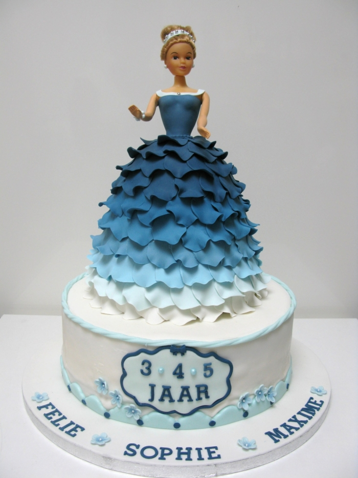 Gateau princesse bleu