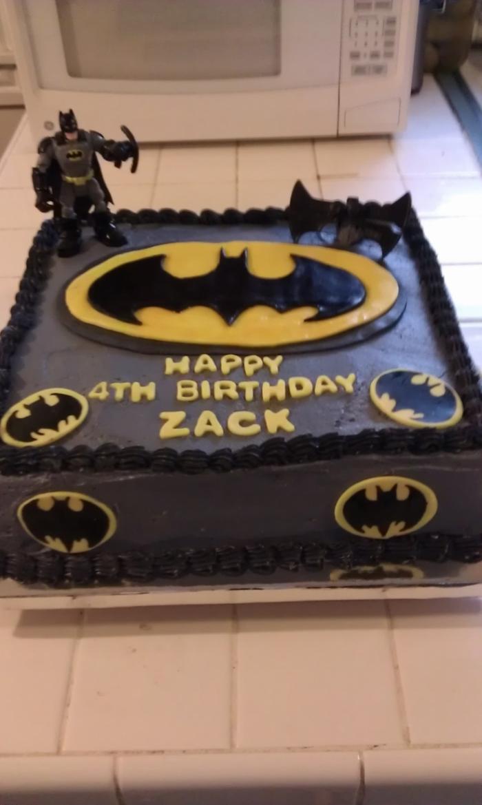 Gateau de Super Héros , Gâteau d\u0027anniversaire avec le décor de Batman