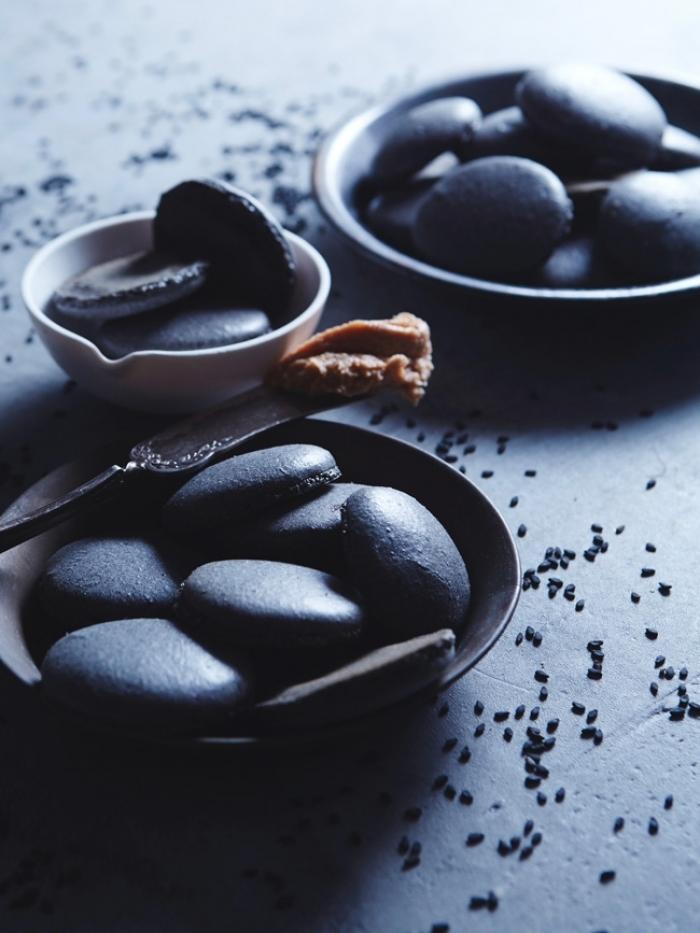 macaron - Recette Macaron de Sésame noir au Beurre de Cacahuète