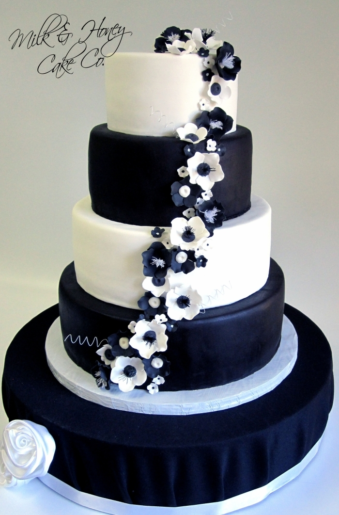 black and white themed wedding cakes wedding cake th 232 me noir et blanc avec une cascade de 11842